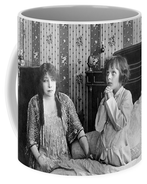 1915 Coffee Mug featuring the photograph Actress Sarah Bernhardt by Underwood Archives