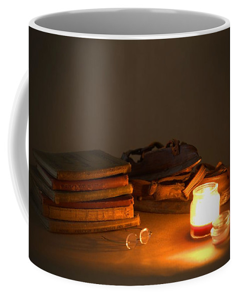 7793 Coffee Mug featuring the photograph After The Skate by Gordon Elwell