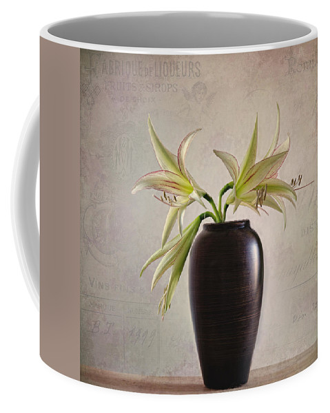 Weis Coffee Mug featuring the photograph Amaryllis Vintage by Steffen Gierok
