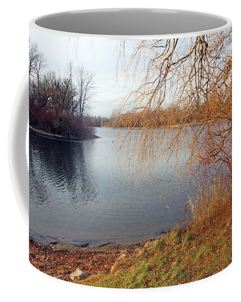 Centre Island Coffee Mug featuring the photograph Autumn In December by Munir Alawi