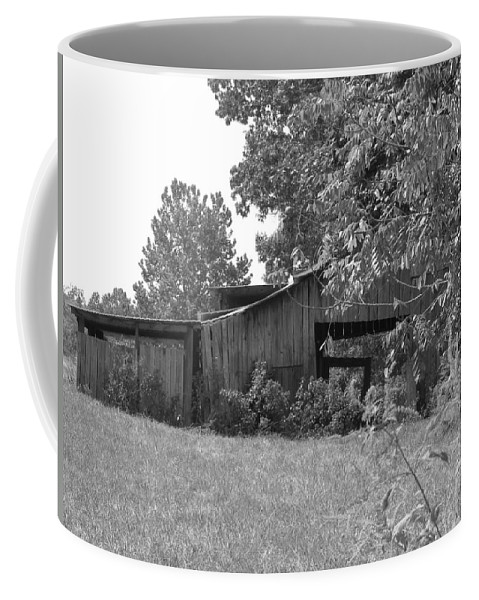 Barn Coffee Mug featuring the photograph Barn by Beth Vincent