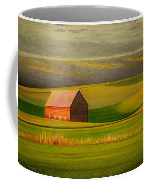 Barn Coffee Mug featuring the painting Barn On The Palouse by Leonard Heid