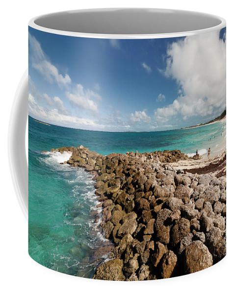 Atlantic Ocean Coffee Mug featuring the photograph Beach At Atlantis Resort by Amy Cicconi