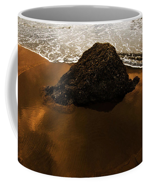 Bandon Coffee Mug featuring the photograph Beaches Of Gold by Bob Christopher