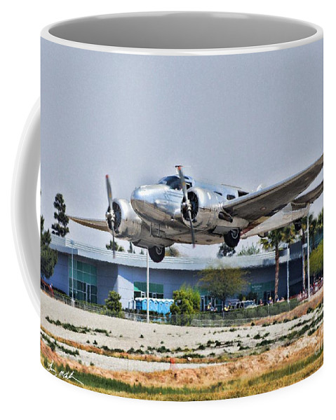 Beechcraft D-18 Coffee Mug featuring the photograph Beechcraft D-18 by Tommy Anderson