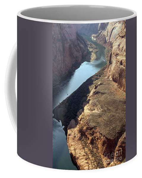 Horseshoe Bend Overlook Glen Canyon National Recreation Area Arizona Colorado River Rivers Water Red Rock Sand Sandstone Landscape Landscapes Coffee Mug featuring the photograph Bend In The Colorado River by Bob Phillips