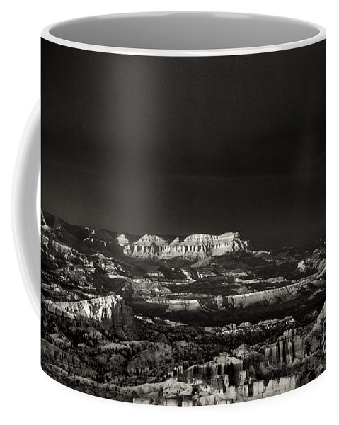 North America Coffee Mug featuring the photograph Bryce Canyon Formations In Black And White by Dave Welling