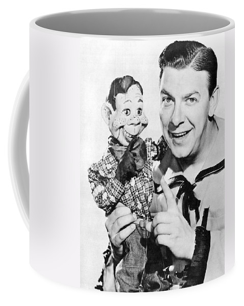1940's Coffee Mug featuring the photograph Buffalo Bob And Howdy Doody by Underwood Archives
