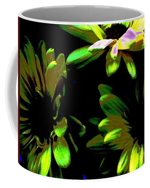 Art For The Wall...patzer Photography Coffee Mug featuring the photograph Burst by Greg Patzer