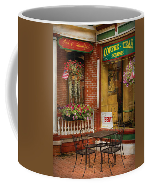 Ice Cream Coffee Mug featuring the photograph Cafe - The Best Ice Cream In Lancaster by Mike Savad