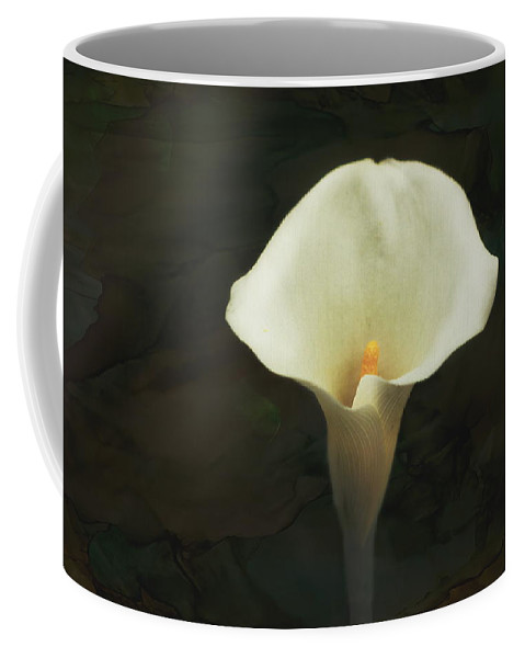 Calla Lily Coffee Mug featuring the photograph Calla Lily by Terry Fleckney