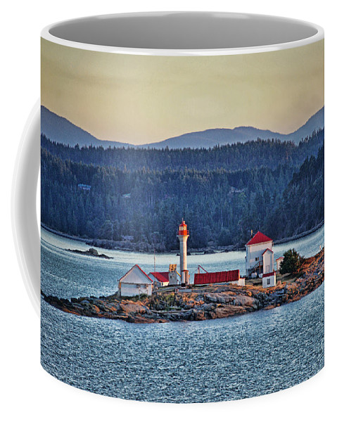 Oceans Coffee Mug featuring the photograph Canadian Lighthouses Sc3415-13 by Randy Harris