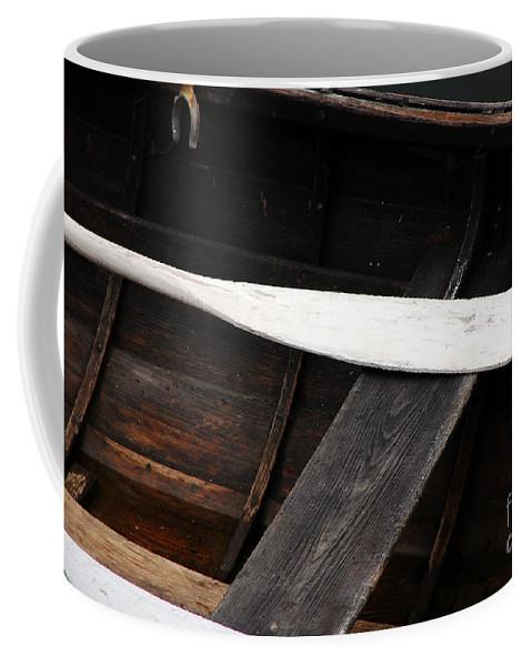 Canoe Coffee Mug featuring the photograph Canoe And Oar by Mary Carol Story