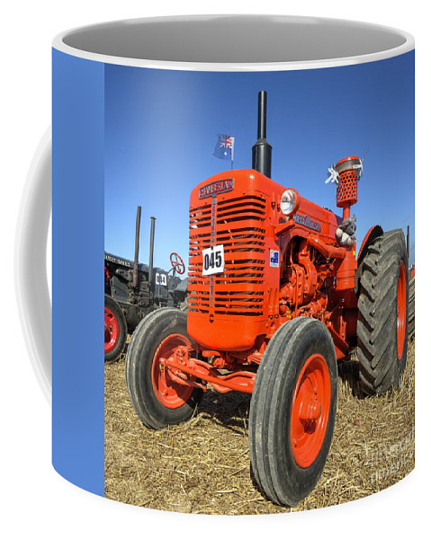 Chamberlain Coffee Mug featuring the photograph Chamberlain Super 70 by Rob Hawkins