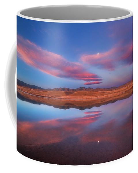 Sunrise Coffee Mug featuring the photograph Chatfield Moon by Darren White