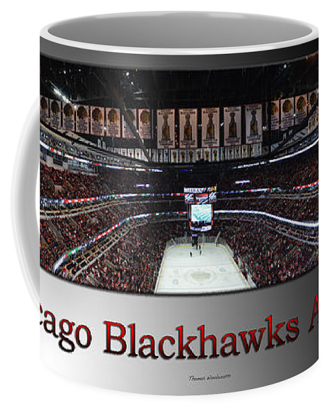 Chicago Blackhawks Coffee Mug featuring the photograph Chicago Blackhawks At Home Panorama Sb by Thomas Woolworth