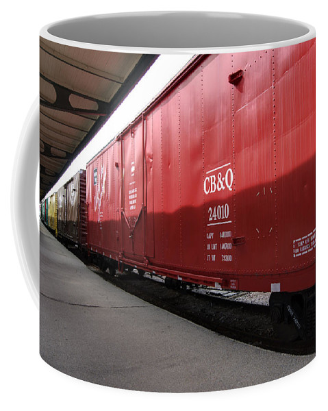 Chicago Burlington Quincy Coffee Mug featuring the photograph Chicago Burlington Quincy Freight Cars by Paul Cannon