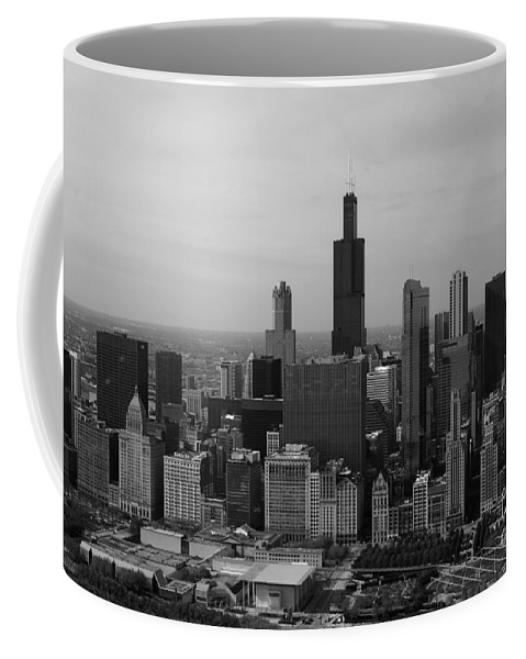 Black And White Coffee Mug featuring the photograph Chicago Looking West 01 Black And White by Thomas Woolworth