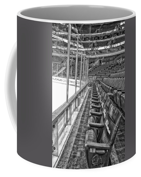 Chicago Blackhawks Coffee Mug featuring the photograph Chicago United Center Before The Gates Open Blackhawk Seat One Bw Hdr by Thomas Woolworth