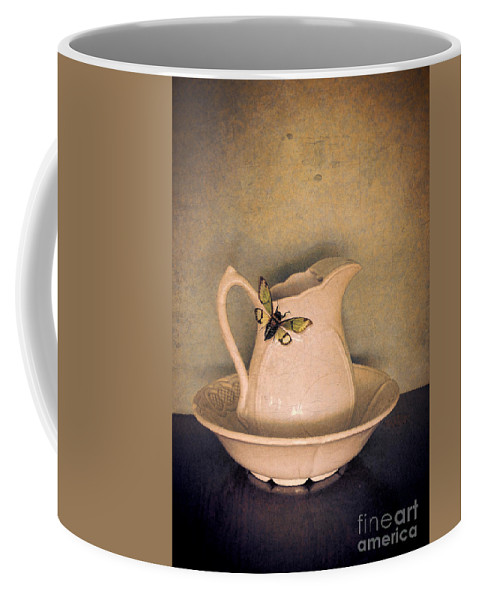 Cicada Coffee Mug featuring the photograph Cicada On Pitcher by Jill Battaglia
