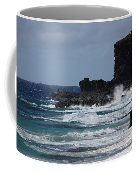 Hawaii Coffee Mug featuring the photograph Cliff Walk by Veronica Batterson