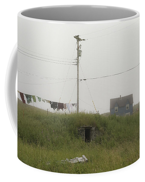 Elliston Coffee Mug featuring the photograph Clothes Line And Fog by David Stone