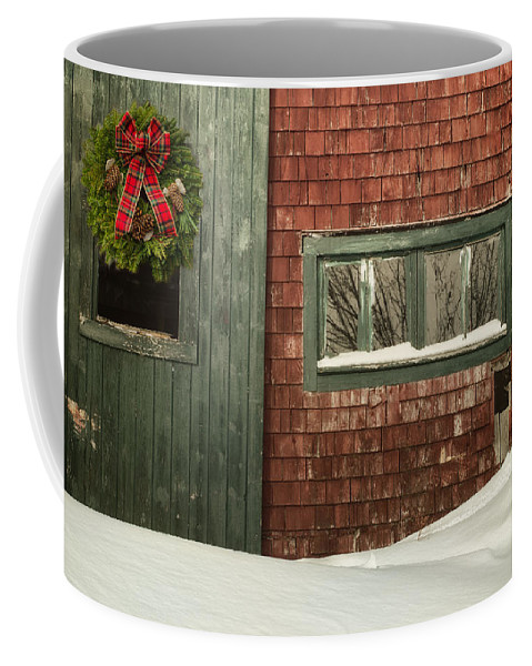 Barn Coffee Mug featuring the photograph Country Christmas by Susan Capuano