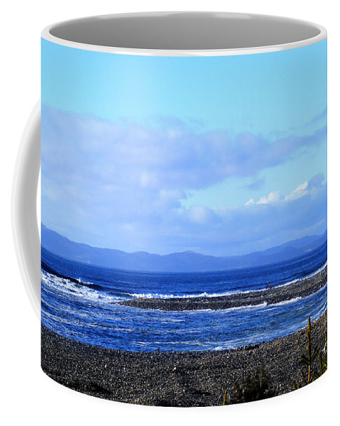 Wild Waves Coffee Mug featuring the photograph Crashers by Barbara Griffin