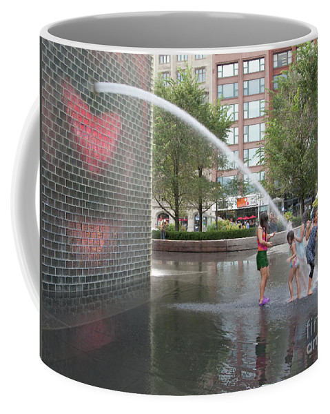Chicago Coffee Mug featuring the photograph Crown Fountain Play by Ann Horn