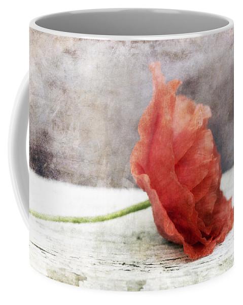 Poppy Coffee Mug featuring the photograph Decor Poppy Red by Priska Wettstein