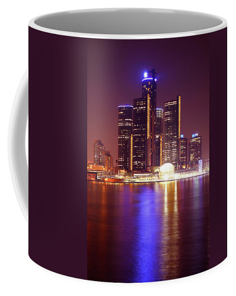 Detroit Coffee Mug featuring the photograph Detroit Skyline 5 by Gordon Dean II
