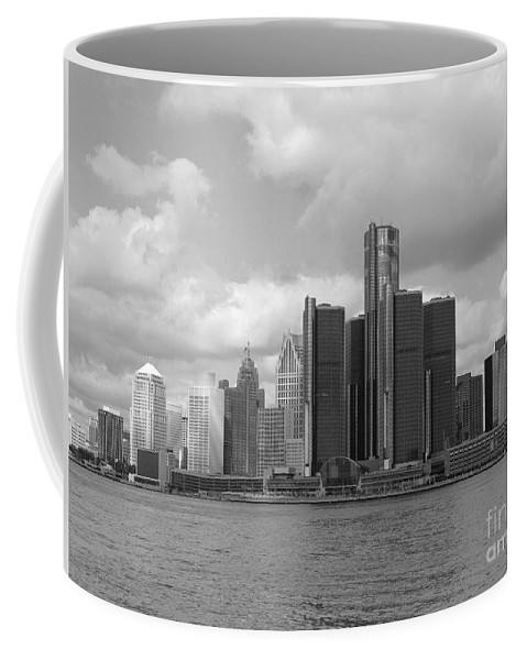 Detroit Coffee Mug featuring the photograph Detroit Skyscape by Ann Horn