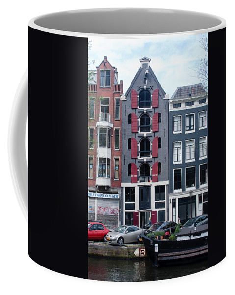 Amsterdam Coffee Mug featuring the photograph Dutch Canal House by Thomas Marchessault