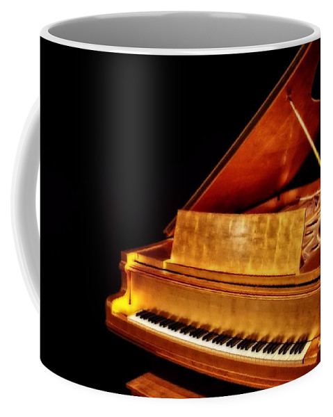 Elvis' Gold Piano Coffee Mug featuring the photograph Elvis' Gold Piano by Dan Sproul