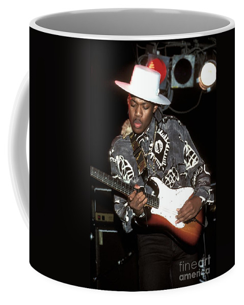 Eric Gales Coffee Mug featuring the photograph Eric Gales by Concert Photos