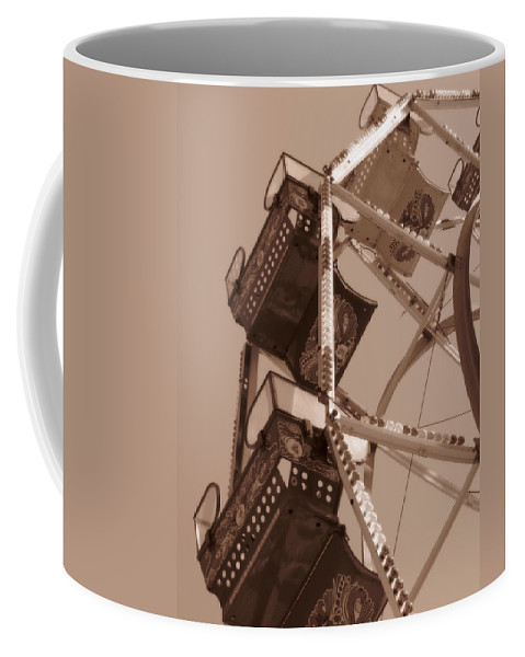 Ferris Wheel Coffee Mug featuring the photograph Ferris Wheel by Beth Vincent
