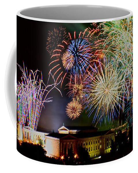 Fireworks Coffee Mug featuring the photograph Fireworks Over The Museum by Alice Gipson