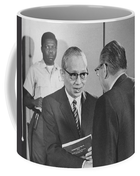 1970 Coffee Mug featuring the photograph First Recorded Peace Treaty by Underwood Archives