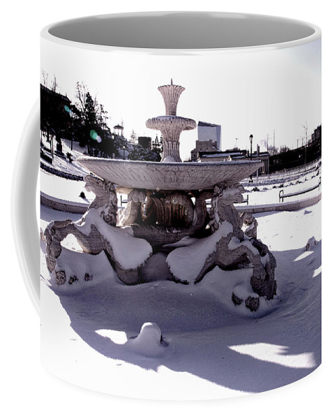 Philadelphia Coffee Mug featuring the photograph Fountain In The Snow by Alice Gipson