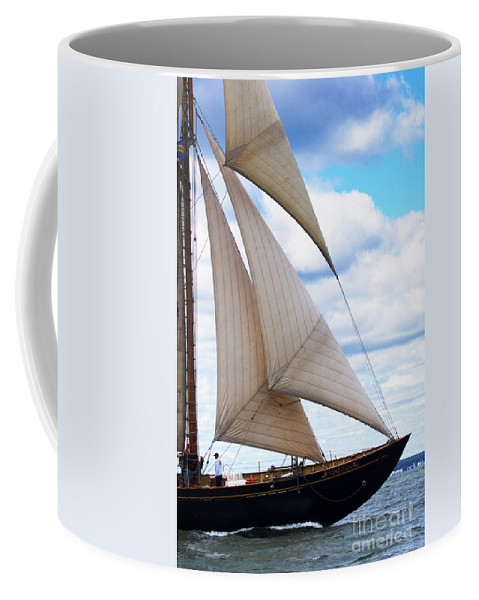 Virginia Coffee Mug featuring the photograph Full Throttle by Joe Geraci