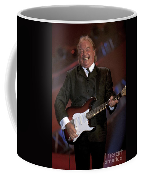 Guitarist Coffee Mug featuring the photograph Gerry And The Pacemakers by Concert Photos