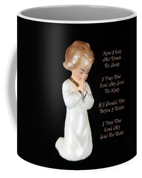 Now I Lay Me Down To Sleep Coffee Mug featuring the photograph Girl Childs Bedtime Prayer by Kathy Clark