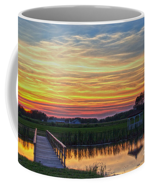 Nature Coffee Mug featuring the photograph Glowing East Coast Sunset by Tom Gari Gallery-Three-Photography