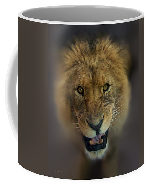 Animals Coffee Mug featuring the photograph Going To Get You by Ernie Echols