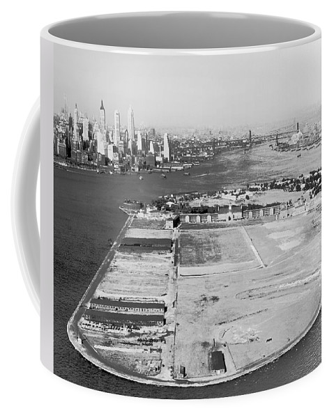 1930s Coffee Mug featuring the photograph Governors Island In Ny by Underwood Archives