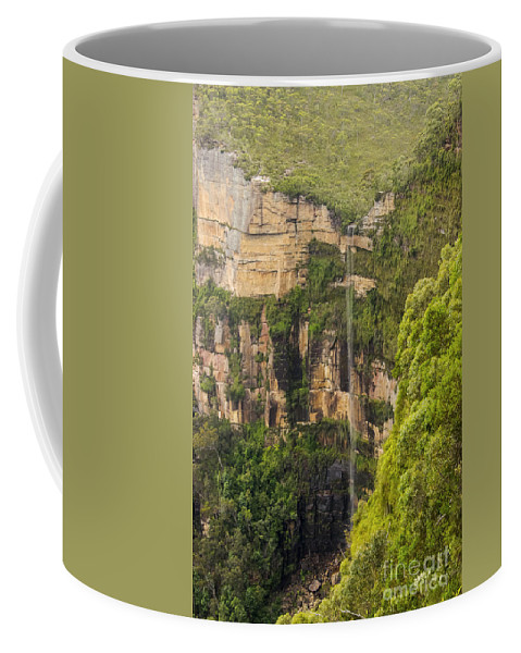 Blue Mountains Australia Mountain Tree Trees Plant Plants Landscape Landscapes Waterfall Waterfalls Govetts Leap Bridal Vail Falls Water Rock Rocks Lookout Lookouts Coffee Mug featuring the photograph Govetts Leap Bridal Vail Falls by Bob Phillips