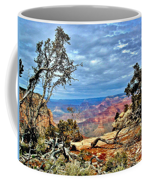 National Parks Coffee Mug featuring the photograph Grand Canyon View IIi by Marilyn Smith