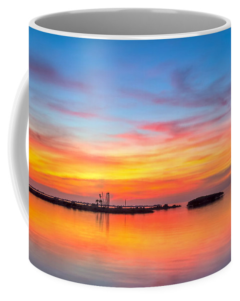 Bayport Park Coffee Mug featuring the photograph Grass Islands Of The Gulf by Marvin Spates