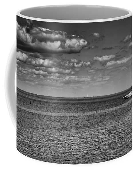 Boating Coffee Mug featuring the photograph Great Lakes Boating by Thomas Young