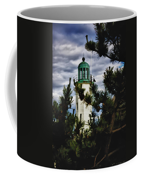 Augustin-jean Fresnel Coffee Mug featuring the photograph Green Copper Lantern Room On Scituate Lighthouse by Jeff Folger